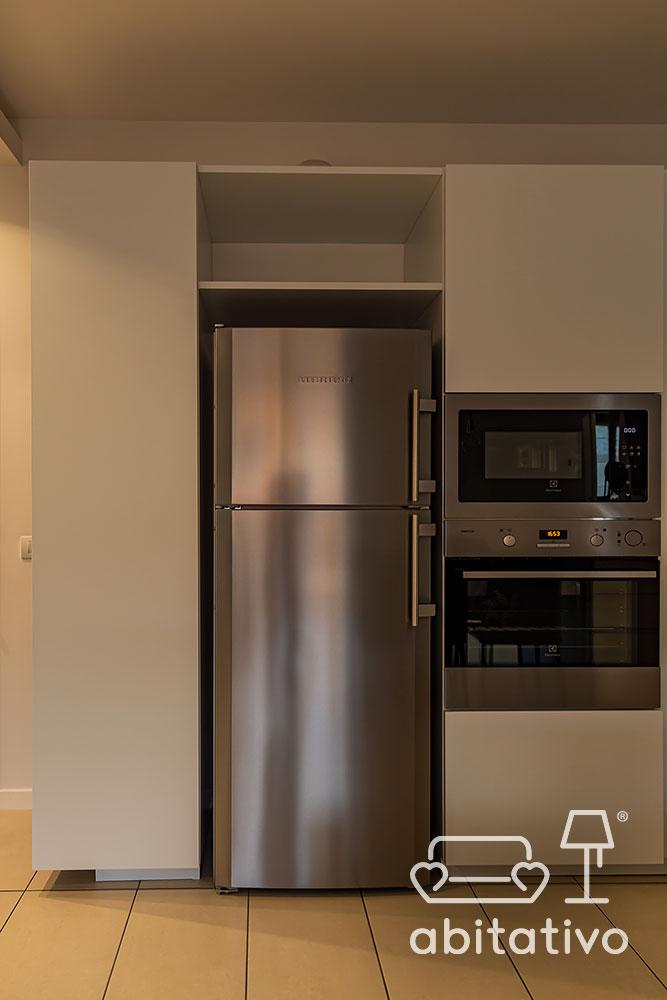frigo esterno per cucina moderna