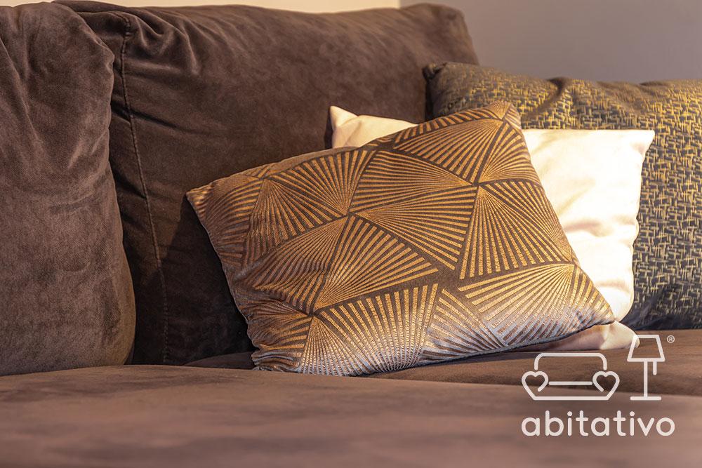 idee tessuti cuscini divano soggiorno