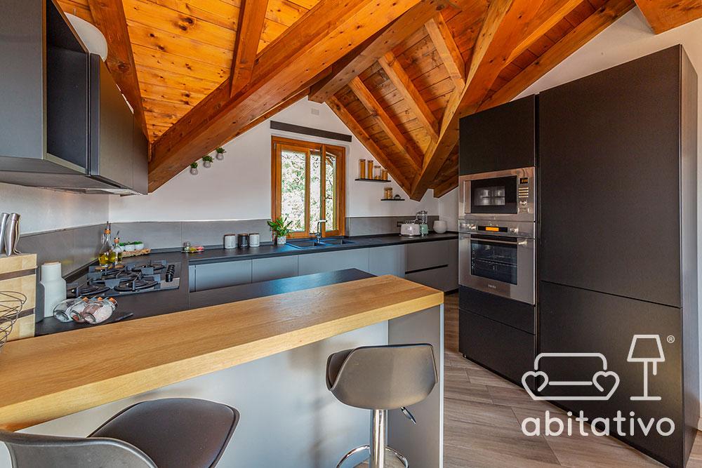 composizione mobili cucina per mansarda