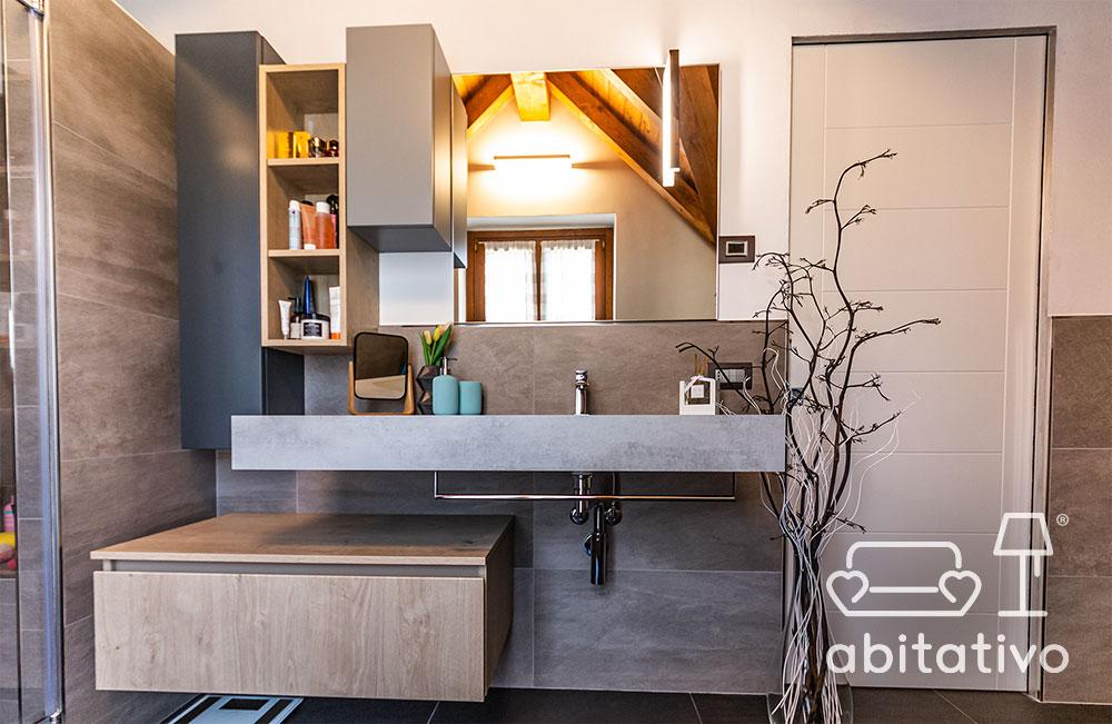 parete bagno con lavandino