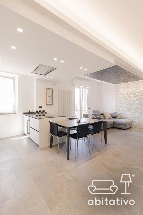 cucina e soggiorno ambiente unico