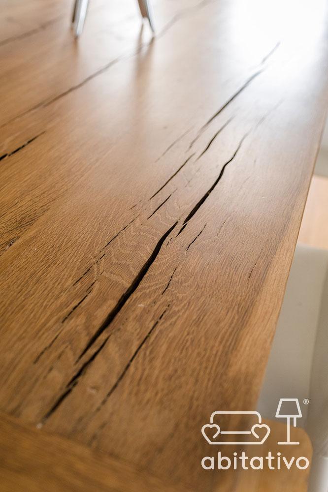 arredamento di legno grezzo