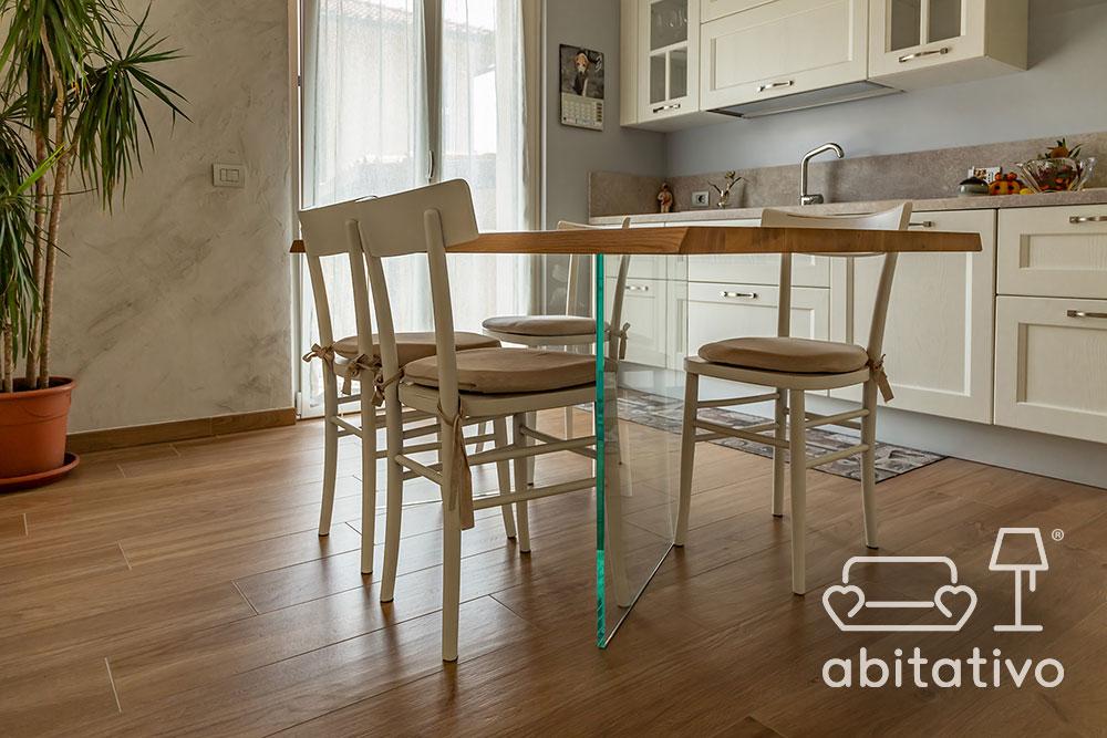 tavolo da pranzo legno e vetro