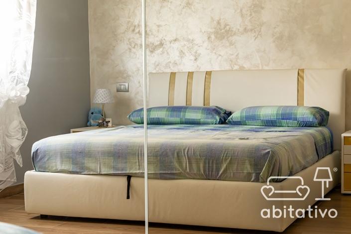 camera da letto oro e argento