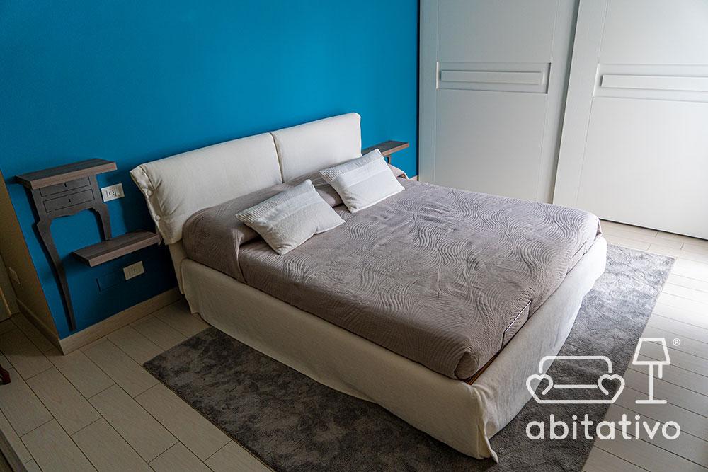 colore parete camera da letto mobili bianchi