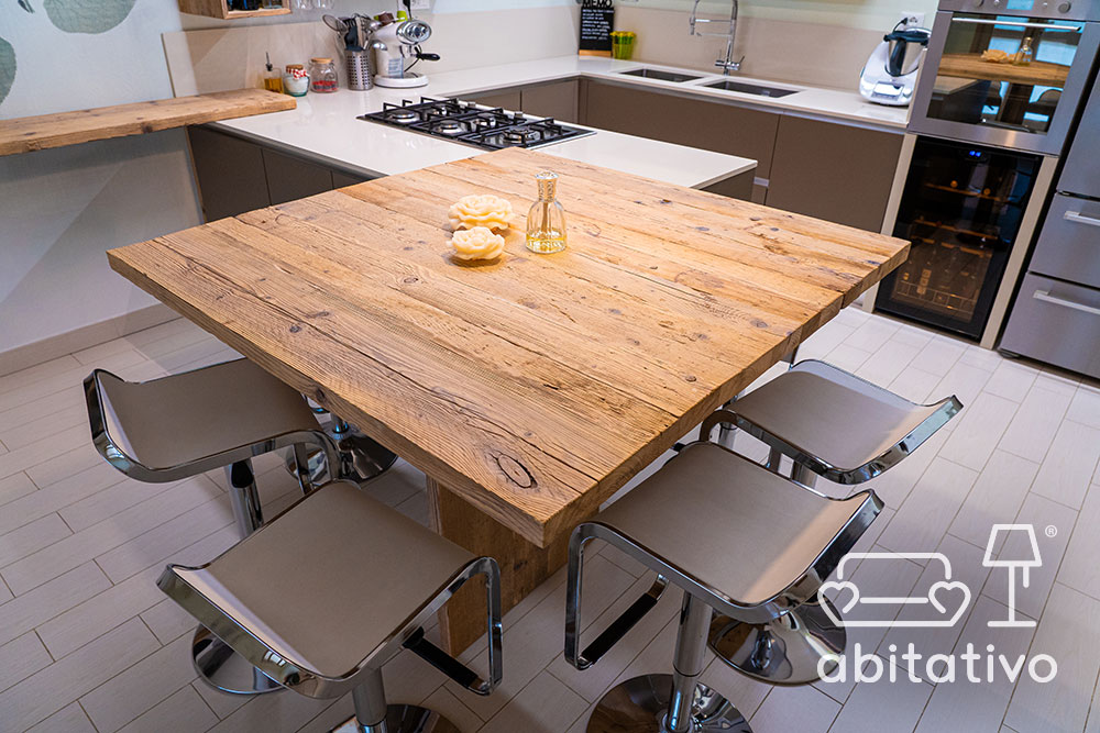 tavolo penisola legno grezzo