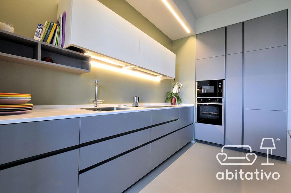 progettare luci cucina moderna