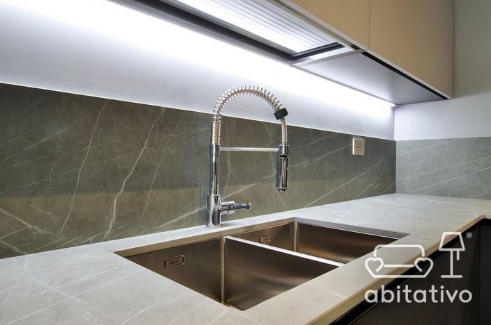 piano cucina moderno marmo