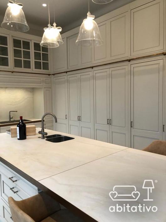 isola cucina marmo elegante
