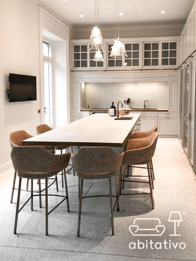 isola cucina tavolo integrato