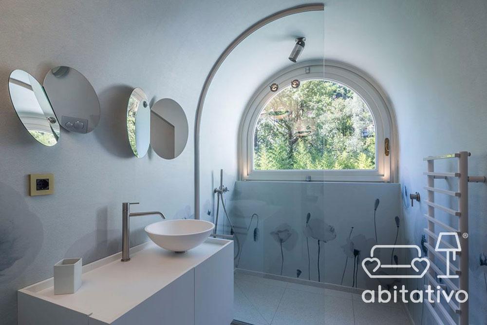bagno moderno villa lusso