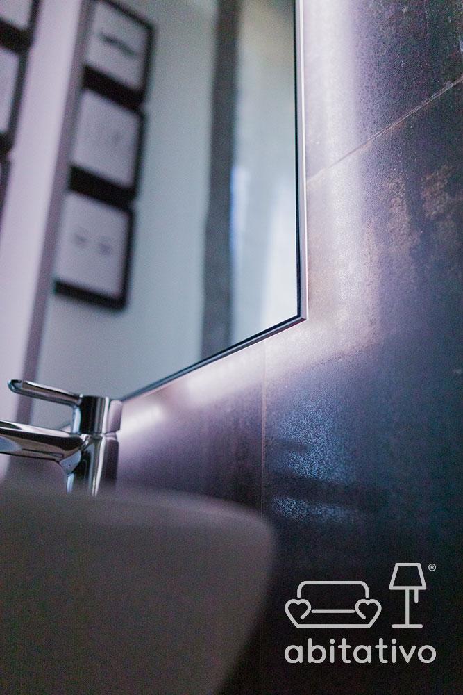 specchio retroilluminato bagno