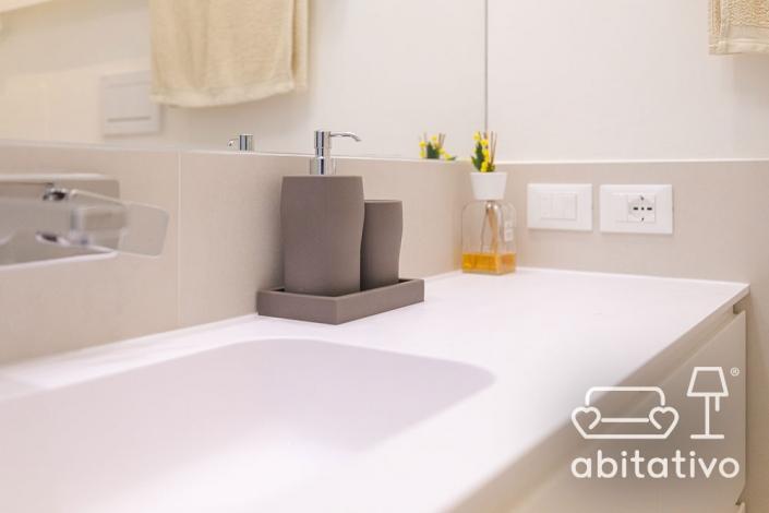 bagno moderno arredamento