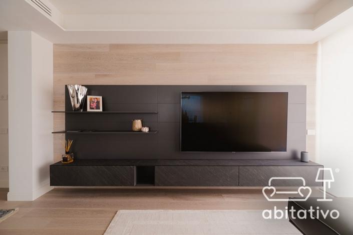 mobile televisione moderno