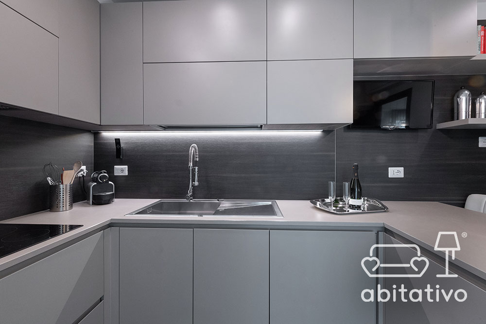 mobili cucina toni del grigio