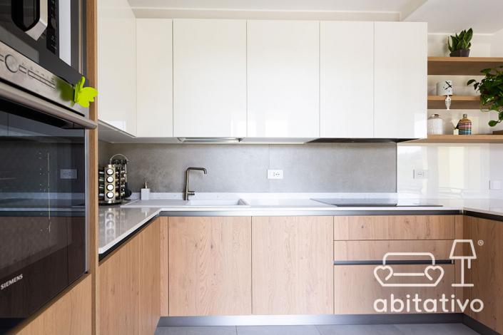 cucina moderna bianca legno