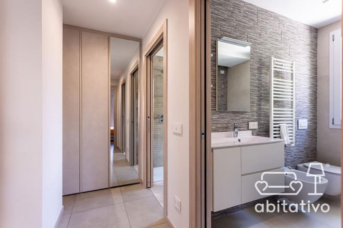 progetto interni bagno moderno