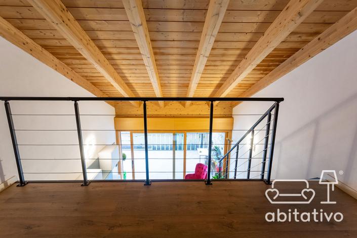 progetto soppalco legno moderno