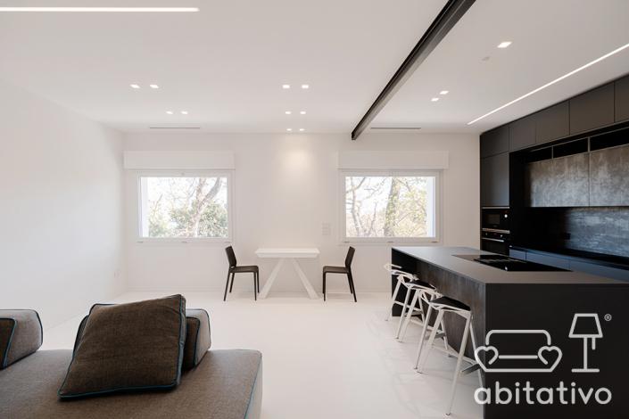 illuminazione open space minimale