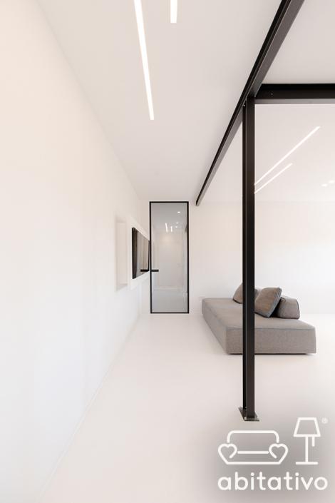 illuminazione ingresso casa minimale