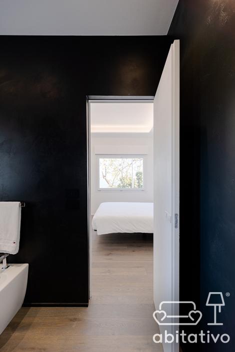 pareti bagno scuro