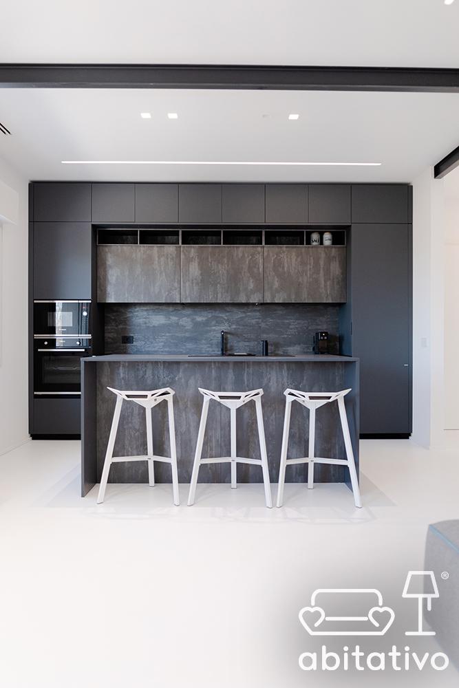 cucina stile minimal con isola