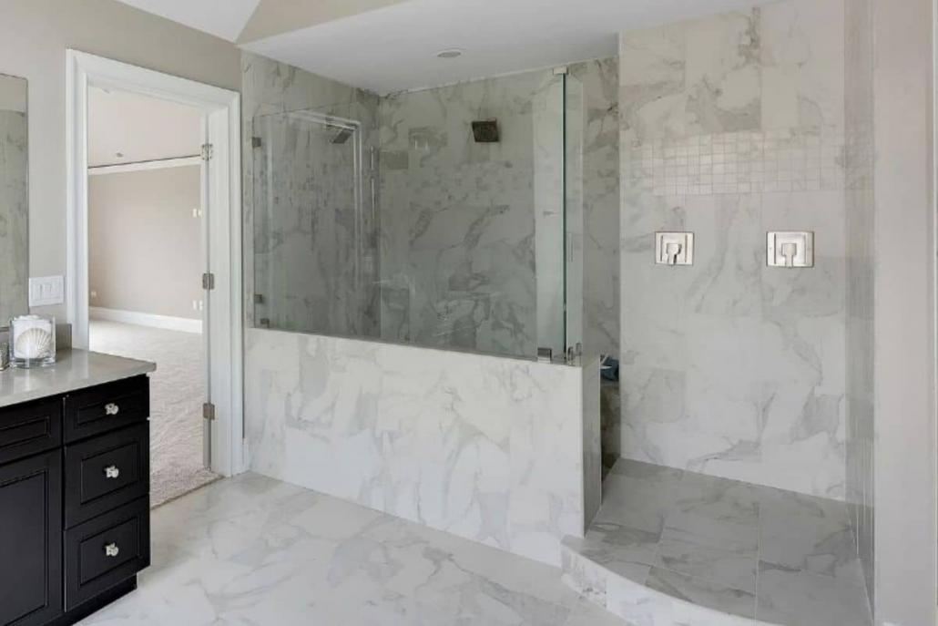 doccia moderna in muratura