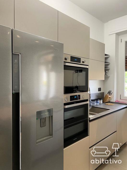 mobili su misura cucina moderna